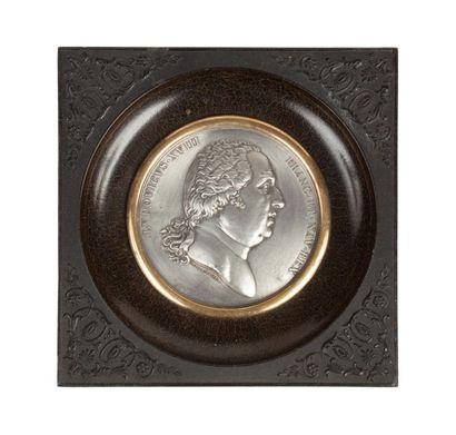 Louis XVIII Médaille en étain au profil du...