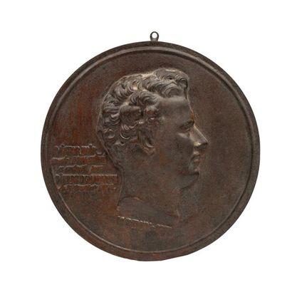 Victor Noir Médaillon en fonte de fer représentant...