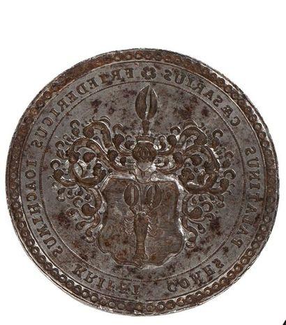 SAXE Important cachet pendentif en bronze,...