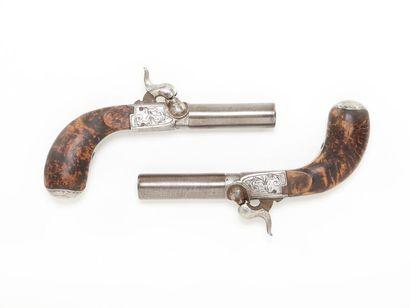 Paire de pistolets liégeois, à coffre, à...