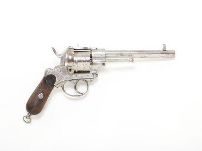 Revolver liégeois, à broche. 6 coups, calibre...