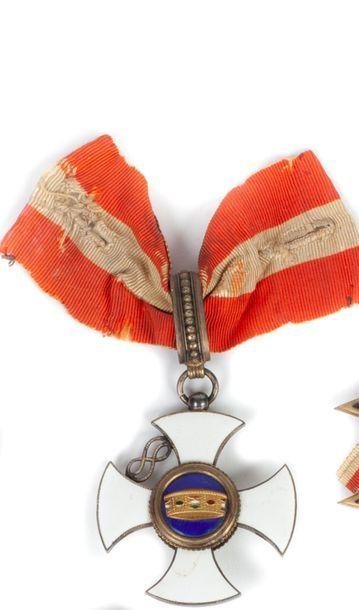 Italie Ordre de la Couronne d'Italie. Croix...