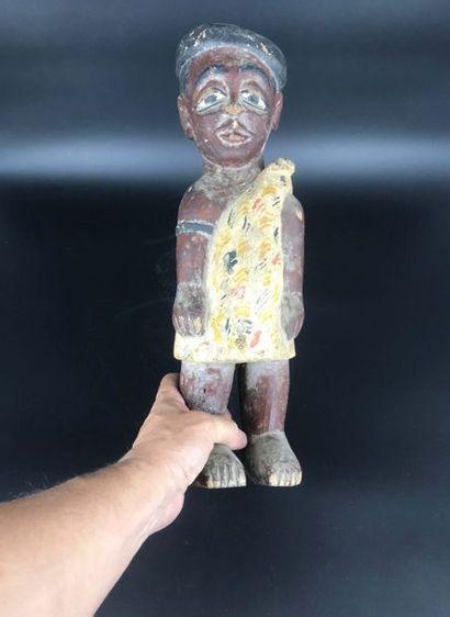 COTE D IVOIRE Côte d Ivoire  Statue de colon représentant un personnage masculin...