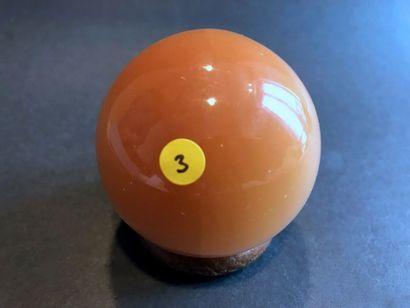 Sphère polie (6 cm) en Gypse orangé - très...
