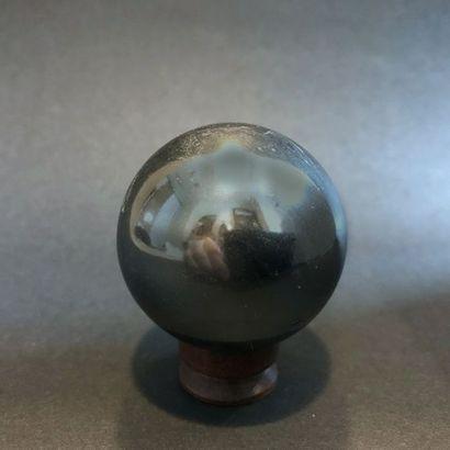 Sphère d'Hématite, très joli poli (4 cm,...