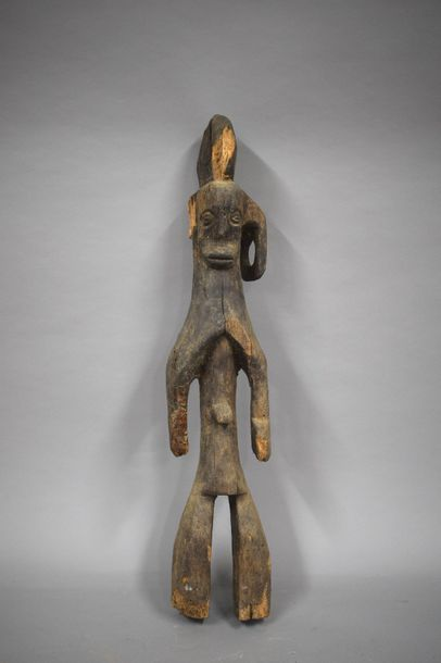 Statue Mumuye, Nigéria  Erosions de xylophages....