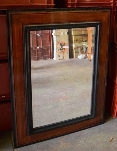 Miroir en bois et bois noirci H. : 110 -...