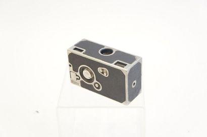 Appareil SFOMAX, boitier n°D 384, avec objectif...