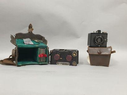 Ensemble de deux appareils photographiques...
