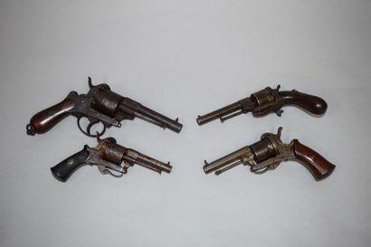 4 pistolets LEFAUCHEUX