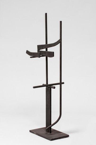 MALTIER Dominique MALTIER Dominique, né en 1954  Sans titre  sculpture en métal soudé...