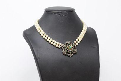 Collier choker de deux rangs de perles de...