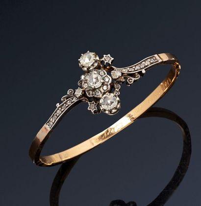 Bracelet rigide ouvrant en or jaune 18K (750)...