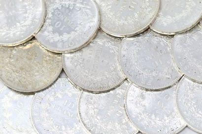 Lot de 39 pièces en argent de 10 francs Hercule...