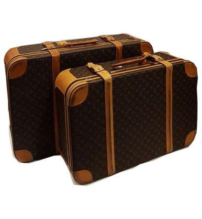 Louis VUITTON  Lot de deux valises