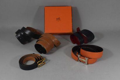 Coffret contenant deux ceintures Hermes et...