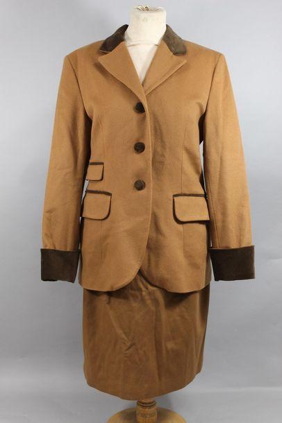 Tailleur d'hiver en laine et cachemire beige...