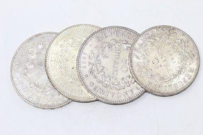 Lot de pièces en argent comprenant :  - 3...