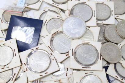 Lot de pièces en argent comprenant de la...