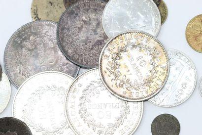 Ensemble de huit pièces en argent : 50 francs...