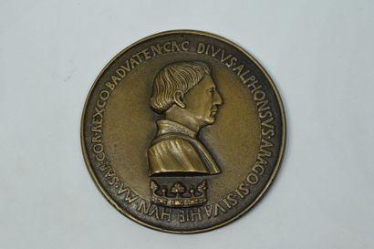 Médaille en bronze à l'éffigie du roi Alphonse...