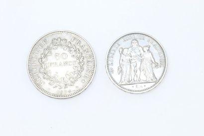 Ensemble de deux pièces Hercule en argent...