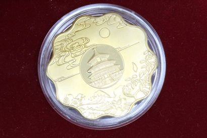 JEUX OLYMPIQUES Médaille en bronze plaqué...