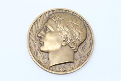Jean Vernon  Médaille en bronze représentant...