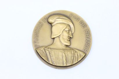 M. Delannoy  Médaille en bronze à patine...
