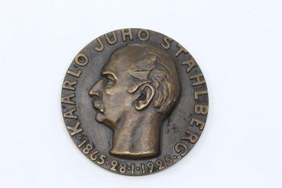 E. Filen  Médaille en bronze à patine brune...