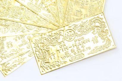 Plaques indochinoises en or jaune inscrite...