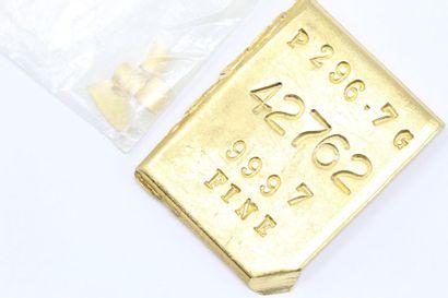 Plaque d'or (999) numérotée.  Avec certificat....