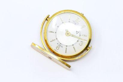 JAEGER LECOULTRE  Pendulette en métal doré,...