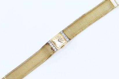 Montre bracelet de dame, boîtier rectangulaire...