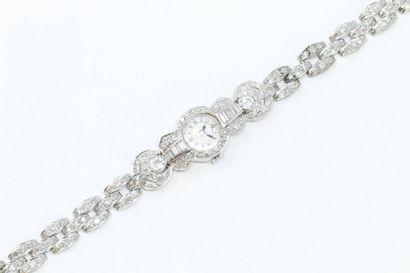 Montre bracelet de dame en platine, boîtier...