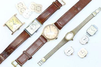 Lot comprenant :  - une montre bracelet d'homme,...