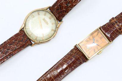 Lot comprenant deux montres pour homme à...