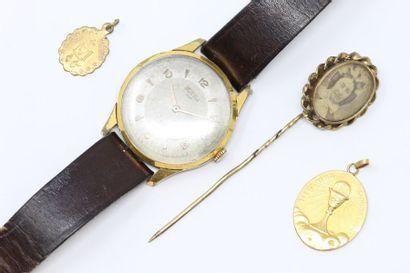 Ensemble composé d'une montre bracelet d'homme...