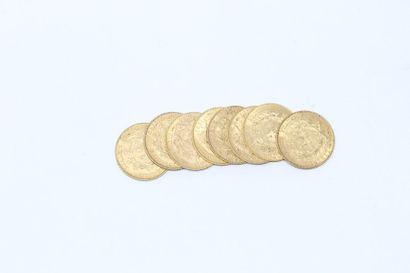 Ensemble de huit pièces en or de 10 francs...
