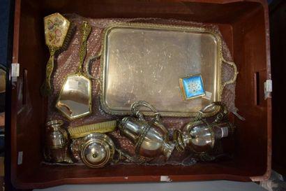 MANETTE (lot d'objets vendus sans prix de...