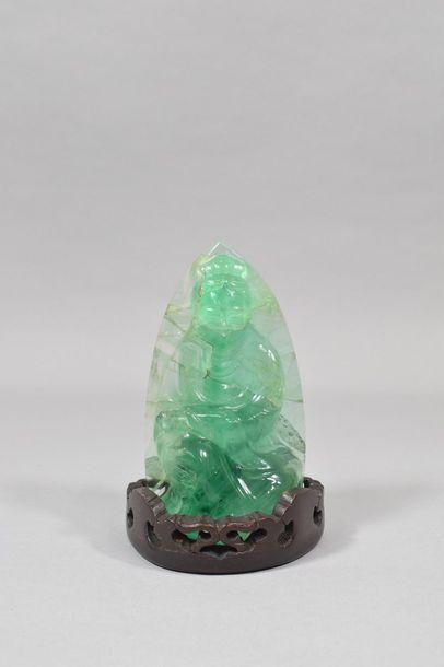 Statuette de divinité encadrée d'une mandorle...