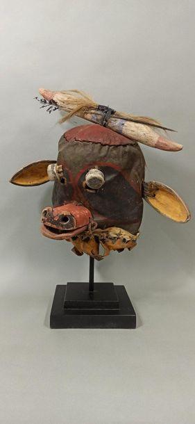 Masque WAKAS (masque vache) HOPI (Arizona...