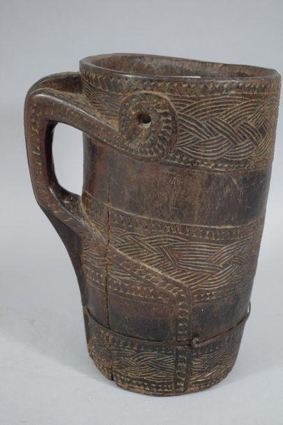 TIBET/ NEPAL, XXème siècle  Pot à lait en...