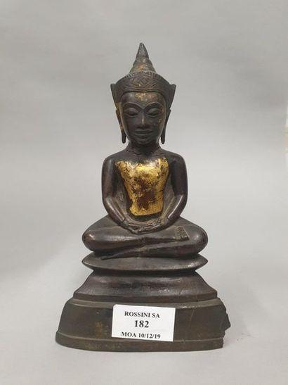 THAILANDE, Ayutthaya, XVIIe siècle  Statuette...