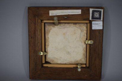 Art HISPANO-MAURESQUE, XVI-XIXème siècle  Carreau de format carré en céramique argileuse...