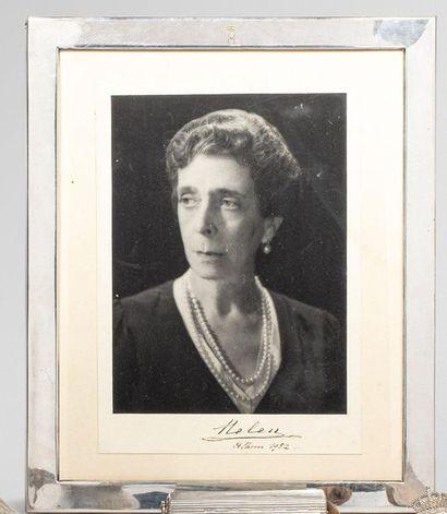 HÉLÈNE, princesse de Grèce, née grande-duchesse...