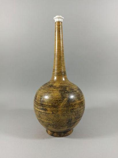 Jacques BLIN (1920-1995)  Lampe en céramique...