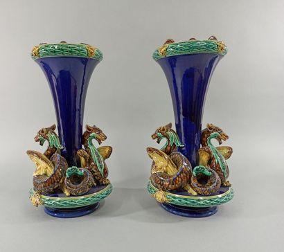 MONTEREAU XIXeme SIECLE  Deux vases barbotine...