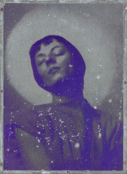 Laure ALBIN GUILLOT (1879-1962)  Portrait féminin , Circa 1930.  Ensemble de quatre...