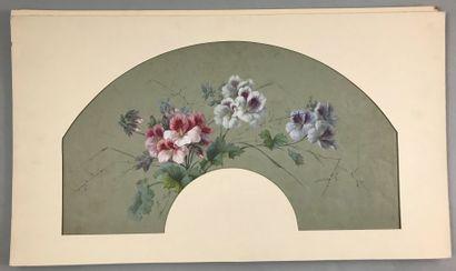 Fleurs, début du XXe siècle  Trois projets de feuilles d'éventails en papier peint...